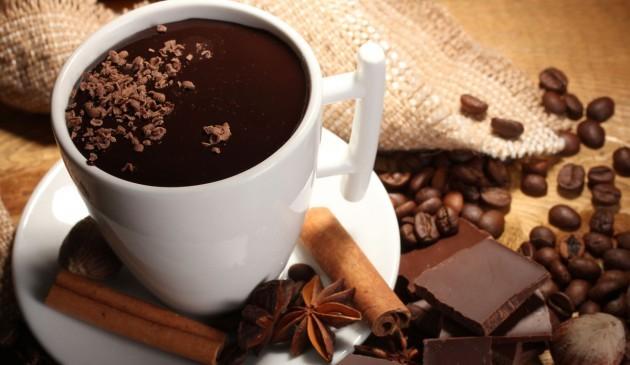 Ciocolata calda cu condimente
